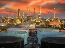 bigstock-Landscape-Of-Oil-Refinery-Indu-64453174