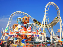 There are 45 operational theme parks in the Middle East.