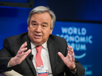 UN High Commissioner for Refugees António Guterres speaks during the session. Photo: World Economic Forum