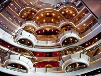Round Lobby