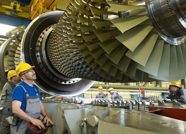 Siemens Gasturbinenfertigung in Berlin / Siemens Gas Turbine Manufacturing in Berlin